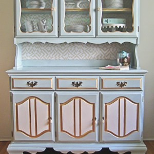 China Hutch Makeover