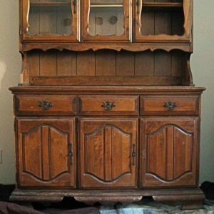 A China Hutch's Makeover Begins