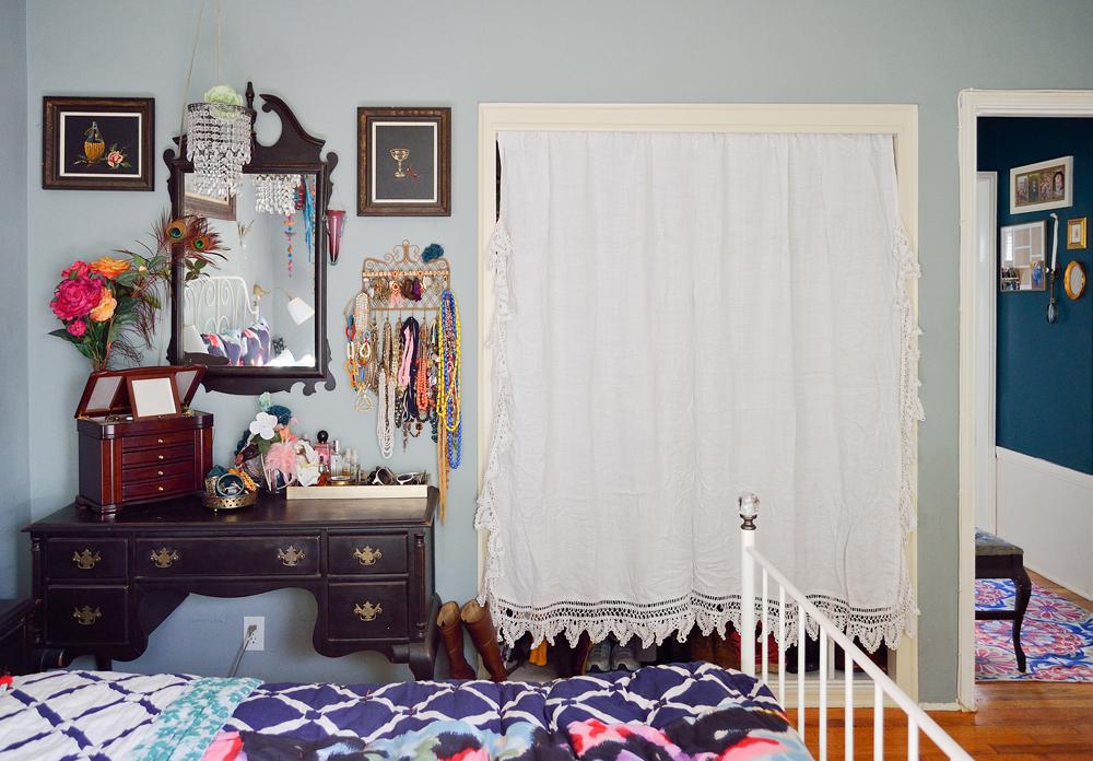 vanity_closet