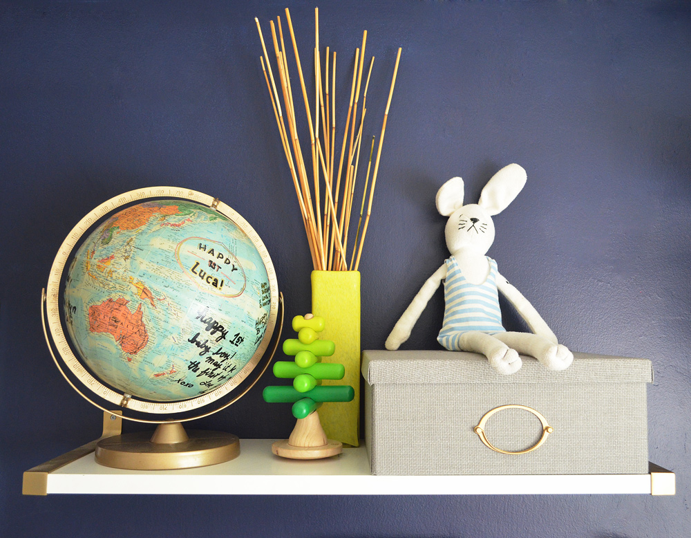 Globe-IKEA-shelf